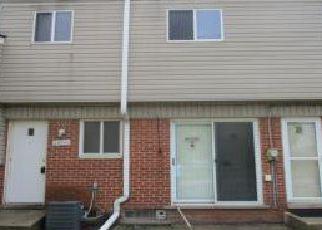 Casa en ejecución hipotecaria in Westland, MI, 48185,  MANCHESTER ST ID: F4273450