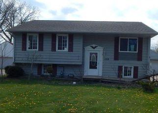 Casa en ejecución hipotecaria in Lorain, OH, 44052,  DORADO ST ID: F4273668