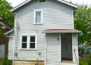 Casa en ejecución hipotecaria in Columbus, OH, 43211,  E 16TH AVE ID: F4273679