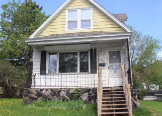 Casa en ejecución hipotecaria in Duluth, MN, 55807,  W 7TH ST ID: F4275807