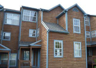Casa en ejecución hipotecaria in New Haven, CT, 06513,  QUINNIPIAC AVE ID: F4276382