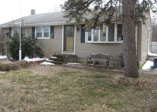 Casa en ejecución hipotecaria in Oakdale, CT, 06370,  MASSACHUSETTS RD ID: F4276389