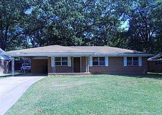 Casa en ejecución hipotecaria in Pine Bluff, AR, 71603,  W 37TH AVE ID: F4276454