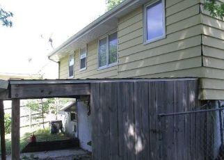 Casa en ejecución hipotecaria in Des Moines, IA, 50317,  MORTON AVE ID: F4277098