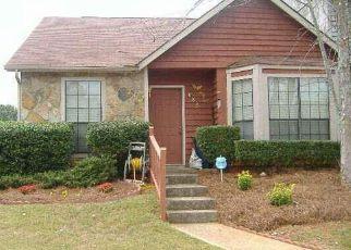 Casa en ejecución hipotecaria in Stone Mountain, GA, 30088,  HERITAGE OAKS DR ID: F4277429