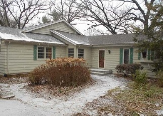 Foreclosed Home en RIDGE RD, Dundee, IL - 60118