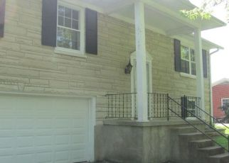 Foreclosed Home in N WOODLAND DR, Radcliff, KY - 40160