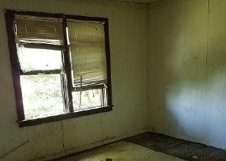 Foreclosed Home in STEWART ST, Rockwood, TN - 37854