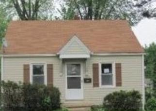 Foreclosed Home in MILTON DR, Alton, IL - 62002