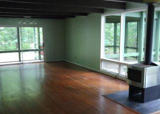 Foreclosed Home en BOTETOURT AVE, Gloucester, VA - 23061