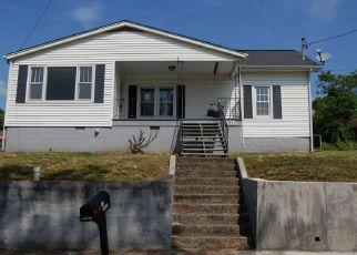 Casa en ejecución hipotecaria in Clinton, TN, 37716,  FOWLER ST ID: F4278026