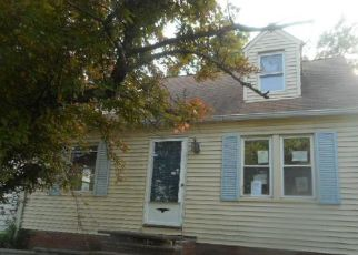 Casa en ejecución hipotecaria in Maple Heights, OH, 44137,  MAPLE HEIGHTS BLVD ID: F4278192
