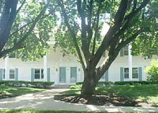 Casa en ejecución hipotecaria in Overland Park, KS, 66212,  RILEY ST ID: F4278601