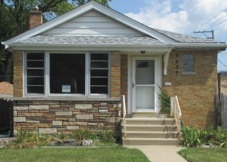 Foreclosed Home en S UTICA AVE, Evergreen Park, IL - 60805