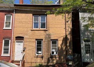 Casa en ejecución hipotecaria in Trenton, NJ, 08638,  SAINT JOES AVE ID: F4279156