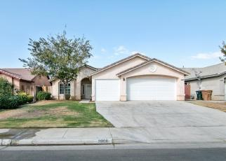 Foreclosed Home en FLINT HILLS DR, Bakersfield, CA - 93313