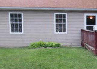 Foreclosed Home en WAYNE AVE, Granite City, IL - 62040