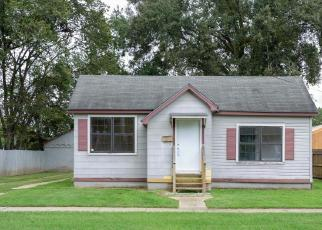 Foreclosure Home in Baton Rouge, LA, 70802,  FAIRFIELDS AVE ID: F4279575