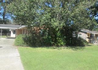 Foreclosure Home in Baton Rouge, LA, 70815,  RED OAK DR ID: F4279578