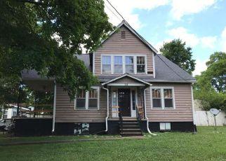 Casa en ejecución hipotecaria in Hopkinsville, KY, 42240,  E 7TH ST ID: F4279586