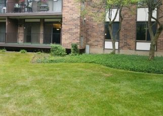 Foreclosed Home en LAKEVIEW DR, Hazel Crest, IL - 60429