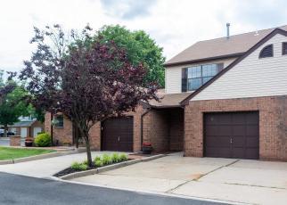 Foreclosed Home in HOWARD CT, Lebanon, NJ - 08833