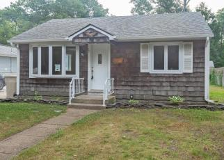 Foreclosed Home in MILL CREEK RD, Bayville, NJ - 08721