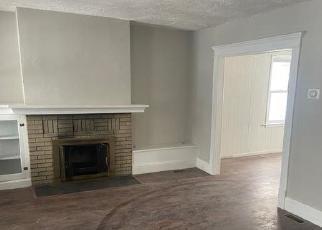 Foreclosed Home in GROVE AVE, Woodbridge, NJ - 07095