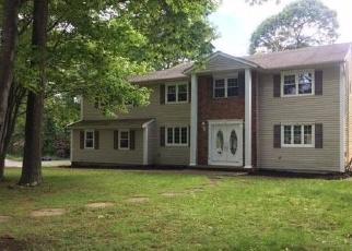 Casa en ejecución hipotecaria in Huntington Station, NY, 11746,  MCCULLOCH DR ID: F4280201