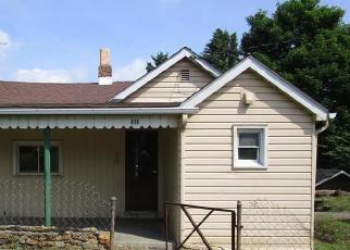 Foreclosed Home en OATES BLVD, New Kensington, PA - 15068