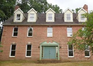 Foreclosed Home en PIRO LN, Mohnton, PA - 19540