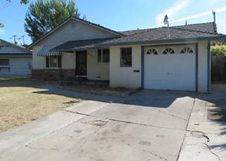Foreclosed Home en MILBROOK WAY, Sacramento, CA - 95823