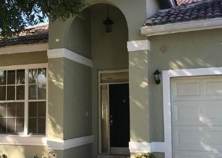 Foreclosed Home en NEWPORT VILLAGE WAY, Lake Worth, FL - 33463