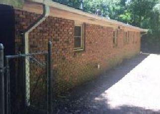 Foreclosed Home en N SWEETWATER RD, Lithia Springs, GA - 30122