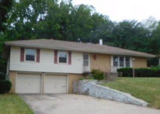 Casa en ejecución hipotecaria in Shawnee, KS, 66203,  MASTIN ST ID: F4280824