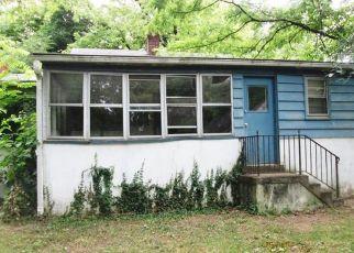 Casa en ejecución hipotecaria in Annandale, VA, 22003,  HOLYOKE DR ID: F4281505