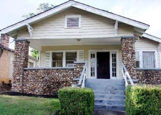 Casa en ejecución hipotecaria in Birmingham, AL, 35208,  30TH ST W ID: F4283121
