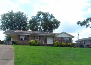 Casa en ejecución hipotecaria in Florence, AL, 35633,  ROXIE DR ID: F4283156