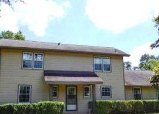 Casa en ejecución hipotecaria in Douglasville, GA, 30135,  W COUNTY LINE RD ID: F4283322