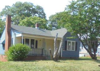 Casa en ejecución hipotecaria in Spartanburg, SC, 29306,  SAINT ANDREWS ST ID: F4283755