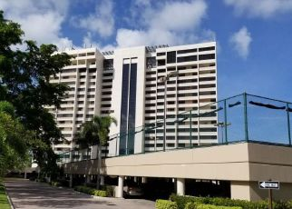 Foreclosed Home en S LANDINGS DR, Fort Myers, FL - 33919