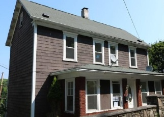 Foreclosed Home en MCKEEVER ST, Johnstown, PA - 15906