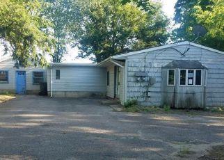 Casa en ejecución hipotecaria in Toms River, NJ, 08753,  DIVISION ST ID: F4285723