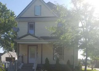 Foreclosed Home in DENVER ST, Waterloo, IA - 50702