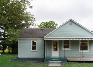 Foreclosed Home in E STANLEY RD, Flint, MI - 48506
