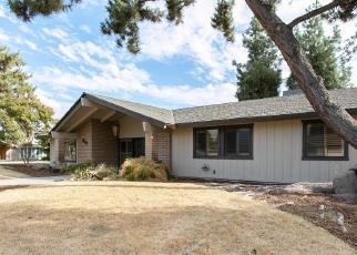 Foreclosed Home en E SEQUOIA DR, Dinuba, CA - 93618