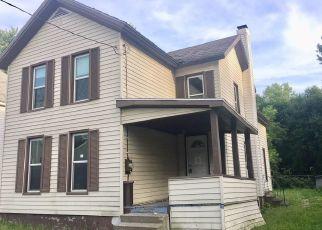 Casa en ejecución hipotecaria in Watertown, NY, 13601,  BRONSON ST ID: F4286665