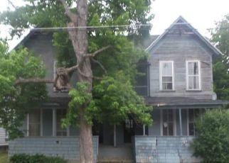 Casa en ejecución hipotecaria in Watertown, NY, 13601,  FRANKLIN ST ID: F4286673