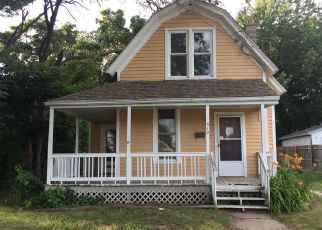 Foreclosed Home in DIXON AVE, Rock Falls, IL - 61071