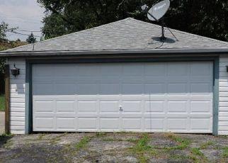 Foreclosed Home en SILVER CREEK DR, Franklin Park, IL - 60131